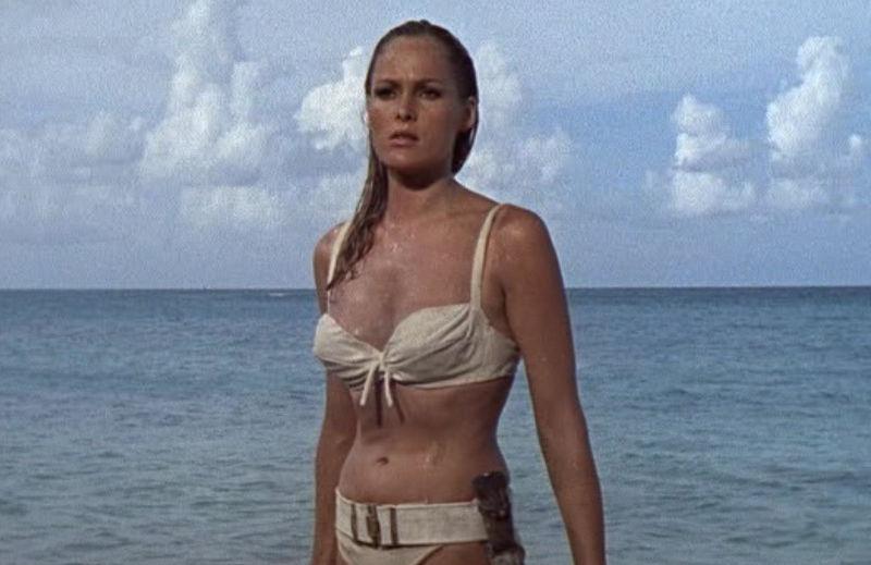 Alle 69 Bond Girls Op Een Rij Filmlijstjes